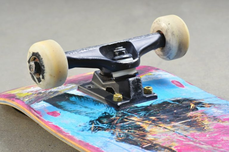 Top 22 Best Skateboard Trucks In 2019