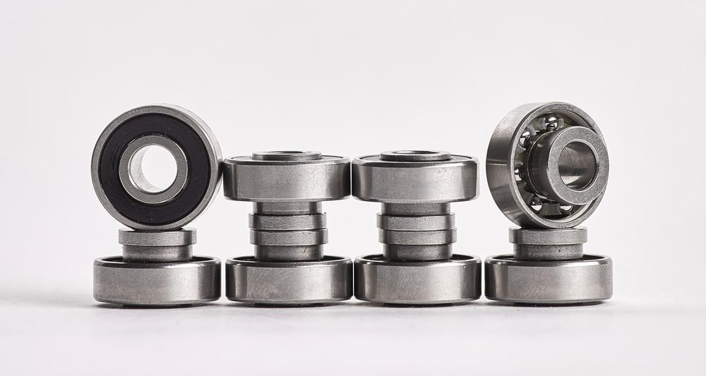 Ceramic bearings vs. steel bearings