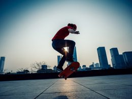 Top 16 Cheap Electric Skateboards Reviews In 2019