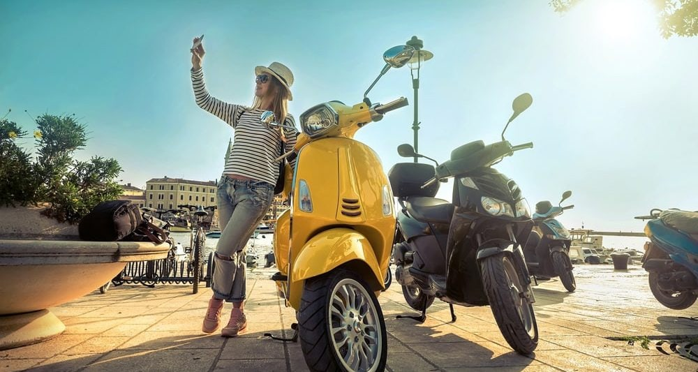 Top 12 Best 3 Wheel Scooter for Adults In 2019 (Included Electric)